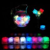 Cuburi de gheata luminoase cu LED multicolor