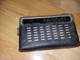 Aparat de radio vechi cu etui,SOKOL-405 de epoca,cablu lipsa se vinde ca defect