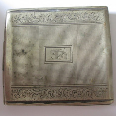 Tabachera vintage Art Deco din alpaca argintata anii 20