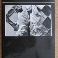 Jean-Louis Courtinat - Les enfants du diable (album foto cu copii din Romania)