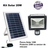 Kit Proiector LED 20 W cu Senzor de miscare si Panou Solar 10W