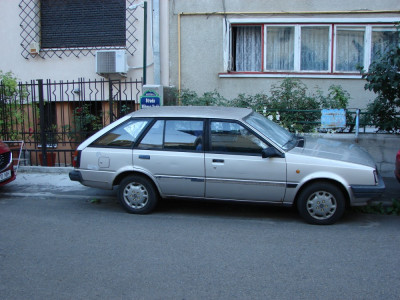 NISSAN SUNNY, Break, Diesel 1,7, an fabricaţie 1985, motor defect foto