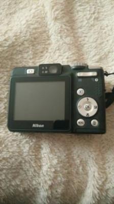 Aparat foto digital compact-Nikon Colpix P51 foto