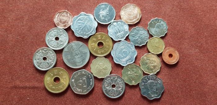 Monede mixte a unc-unc foto mare