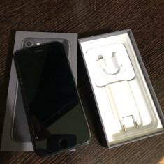 IPhone 8 black 64GB, Negru, Neblocat, Apple
