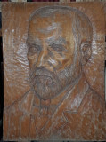 SCULPTURA LEMN, REPREZENTAND PORTRETUL LUI GEORGE COSBUC (BASORELIEF)