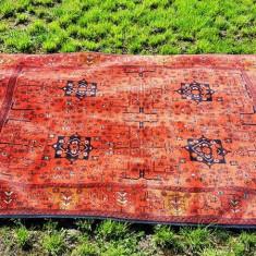 Superb covor vechi de lana - lucrat manual