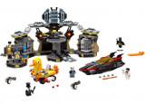 LEGO Batman Movie - Patrunderea in Batcave 70909