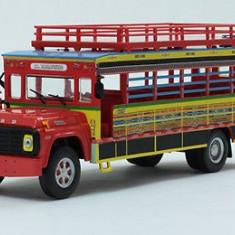 Macheta autobuz Ford Chiva - 1990 scara 1:43