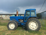 Tractor Ford TW25