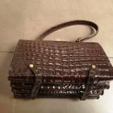 La boutique de Sheila Paris - geanta veche