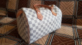 Geanta Louis Vuitton originala, Crem, Medie, Louis Vuitton