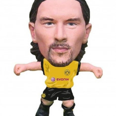 Figurina Soccerstarz Borussia Dortmund Neven Subotic Home Kit