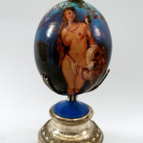 """Ou de struț pictat manual, reprezentare """"Cele trei Graţii"""", Nud, Acrilic, Art Nouveau"""