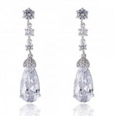 Cercei Elysee Borealy Long Crystal Teardrop