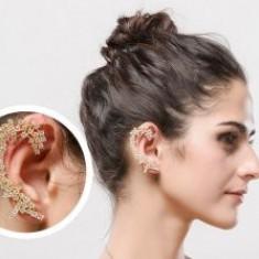 Cercei Ear Cuff Dantelle by Borealy