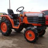 Tractor KUBOTA B14104WD