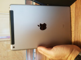 Ipad 2017 32 gb wifi + cellurar, Wi-Fi + 3G, Argintiu