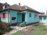 Casa cu teren + teren cu front la strada intrare cartier