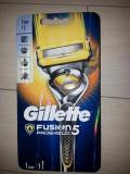 Aparat ras Gillette Flex Ball Fusion Proshield cu o rezerva