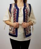 Vesta cu motive traditionale Ruxandra