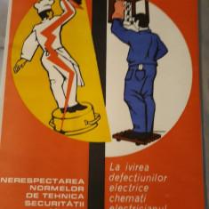 Afis romanesc comunist protectia muncii Electricieni