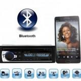 Casetofon / Radio Auto Bluetooth si HandsFree 12V