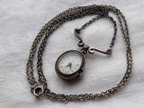 CEAS LIP medalion ARGINT delicat pe Lant argint VECHI manopera EXCEPTIONALA rar