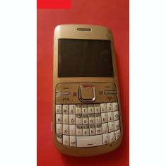 Nokia C3-00 auriu reconditionat
