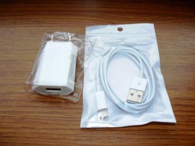 Incarcator Iphone 5/6/7/8/x + Cablu incarcare/sincronizare Iphone 5/6/7/8/x foto