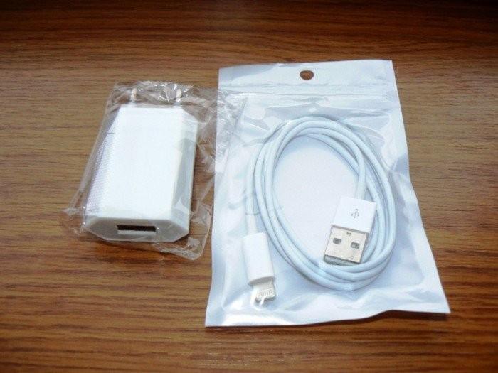 Incarcator Iphone 5/6/7/8/x + Cablu incarcare/sincronizare Iphone 5/6/7/8/x