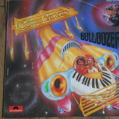 LP Oliver Onions – Bulldozer