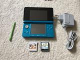 Nintendo 3DS +2 jocuri Nintendogs 3D + incarcator original + stilou, soft 9.4.0
