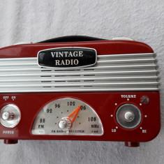 RADIO  VINTAGE  RETRO FM -88-10 MHZ ,FUNCTIONEAZA .