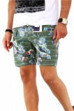 Pantaloni verzi scurti pentru barbati - cu imprimeu floral - A1795