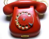 Primul telefon plastic vechi  f.rar disc electromagnetica rosu ani 60 functional