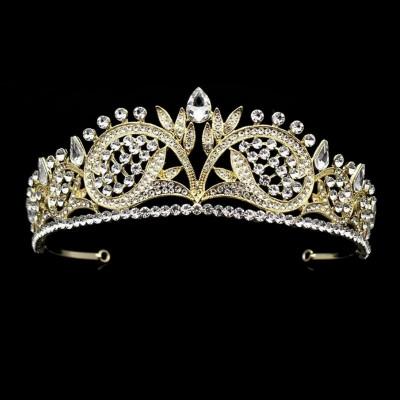 Diadema,tiara aurie foto