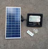 Proiector LED 20 W panou solar telecomanda, senzor lumina