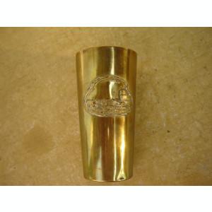 Pahar vechi din alama cu blazon