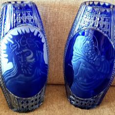 Antichitati IISUS HRISTOS MADONA VAZE sticla cristal cobalt Bohemia semnat