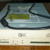 Unitate CD-RW (IDE) cu Card Reader USB