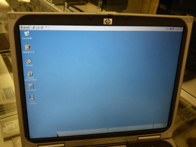 "HP Pavilion ze1210 - Display 14.1"" Laptop vintage cu windows xp Athlon 1400+ foto"