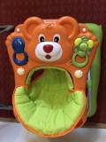Pachet bebe: premergator cu jucarii si scaun de masa, Verde