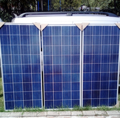 PANOURI FOTOVOLTAICE 125W NOI !  sisteme la 12V ev. Regulator Solar Rulote Ferme foto