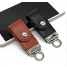 USB Stick memorie 32 GB Flash Drive breloc piele  neagra sau maro