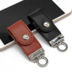 USB Stick memorie 32 GB Flash Drive breloc piele  neagra sau maro, 16 GB