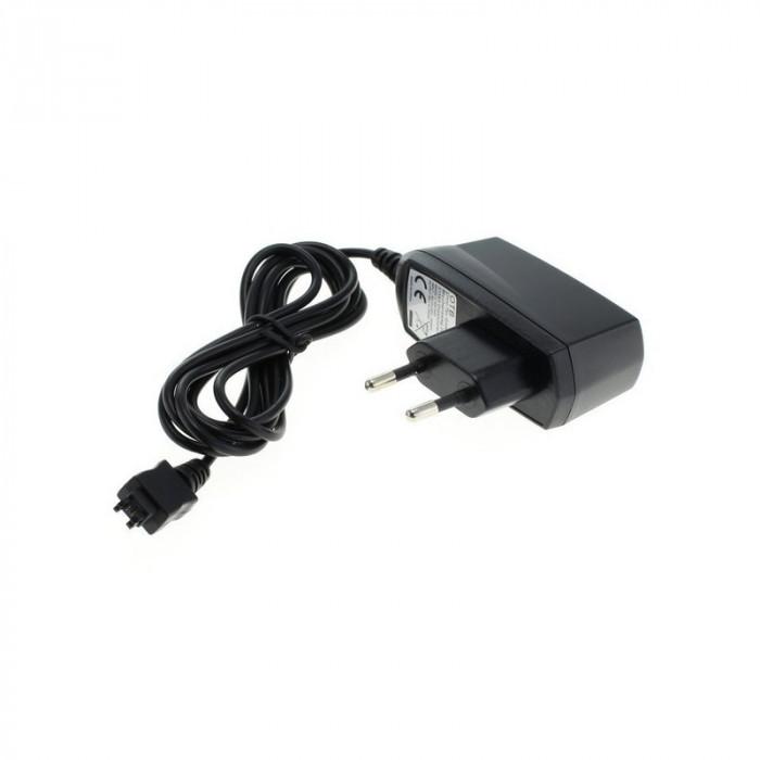OTB incarcator pentru Sony Ericsson K700i/T68/T610 foto mare
