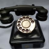 TELEFON VECHI CU DISC DE BIROU SI INTERIOR - anii 1940