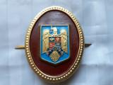POMPIERI - INSEMNE MILITARE - CUC DE CASCHETA - UTILIZATE DUPA 1990