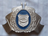 POLITIE - INSEMNE MILITARE - CUC DE CASCHETA - DUPA 1990